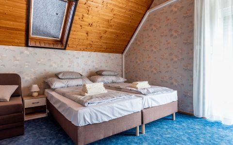 Füred Gyöngye Vendégház 5. szoba